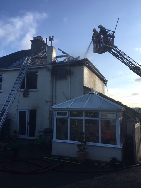 House fire spreads to neighbouring property
